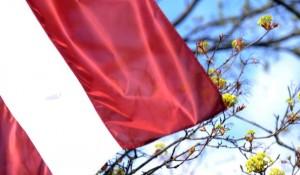 karogs_valsts_neatkar_ba_maijs_leta-media_large
